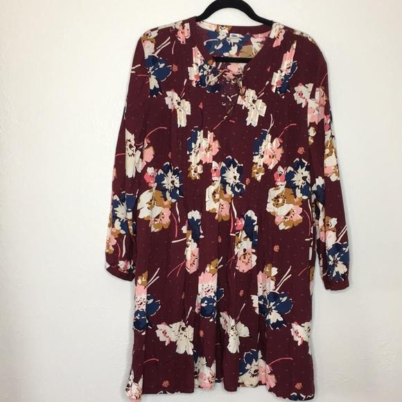Old Navy Dresses & Skirts - Floral boho tie up dress burgundy x large